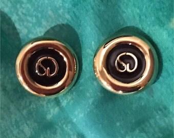 St. John Earrings, Gold, Gorgeous!