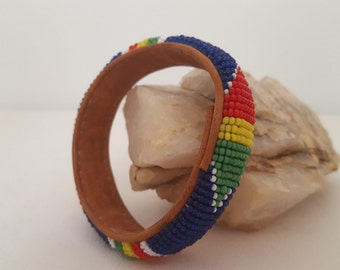 ON SALE, Native Indian, Tribal Style, Leather Bracelet, Leather Bangle, Beaded Bangle, Leather Jewelry, Colorful Beads, Native Jewelry