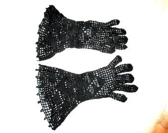 Original Vintage 1930's Art Deco 1940's Black Crochet Gaunlet Gloves