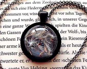 Dandelion Cabochon Unique, expressive resin jewelery in black