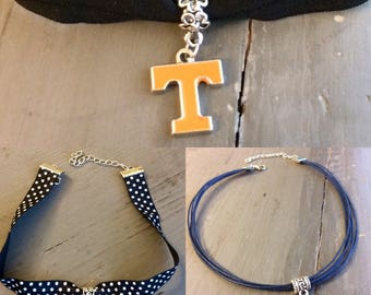 Tennessee Vols Power T choker necklace
