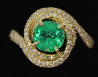 Emerald ring 18 k yellow  gold Colombian emerald and 205 diamonds ring  certified NCJV  FGAA