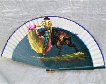 Vintage Spanish Fan, handpainted fans, spanish matadors, bullfighting collectibles, wood and silk fans