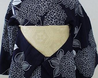 second hand yukata, casual Japanese kimono, bathrobe, cotton, hydrangea