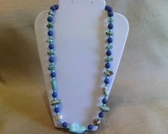 170 Magnesite Turquoise Irregular Shaped Nuggets Beaded Necklace