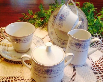 Noritake Blue Hill Tea Set