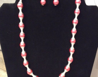 20' Rose Acrylic Pearl Necklace FREE Matching Earrings