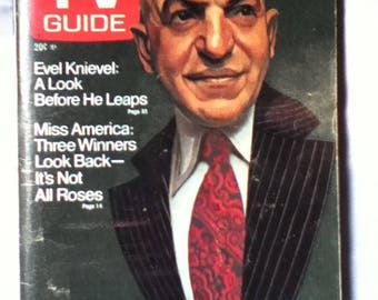 TV Guide August 31 - September 6, 1974 with Telly Savalas of Kojak on cover