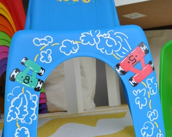Personalized Kid's Plastic Chair, Heavy Duty - RACE CAR Theme for Boys and Girls - Pick Your Color