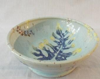 Bowl with leaf motif