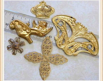 5 pieces raw brass mixed lot findings, stampings, charms, embellishments E182
