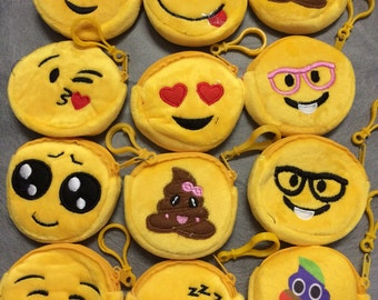 Set of 12 Emoji coin purse- Smiley faces purse- Emoticon purse- Emoji party- Emoji favor- Emoji party favors- Emoji little bags.