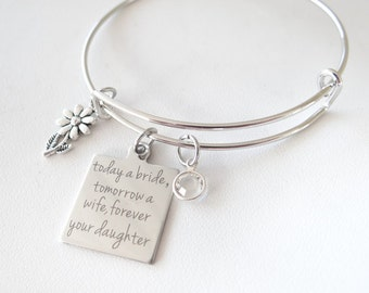 Mother of Bride Bracelet, Gift for Mom on Wedding Day, Personalized Gift, Wedding, Marriage