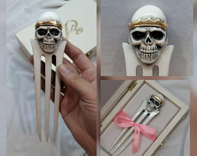 Hair fork. Wooden hair fork. Wooden hairpin. Hair fork 3 prong. Hair stick 3 prong. Hair fork with long prong. Hair fork Skull in gold crown