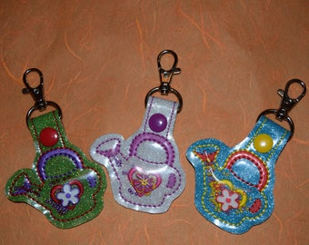 Watering Can Flower Filles Keychain
