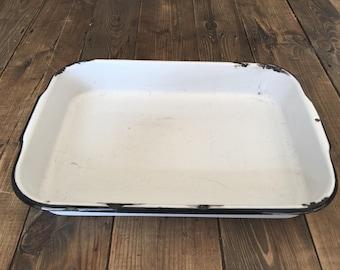 Vintage Enamelware White/Black Deep Pan