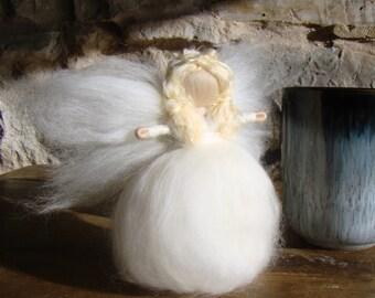 angel in wool, needle felted angel, felted pocket fairy, white felt fairy, wool fairy doll, tree topper fairy, guardian angel in my pocket