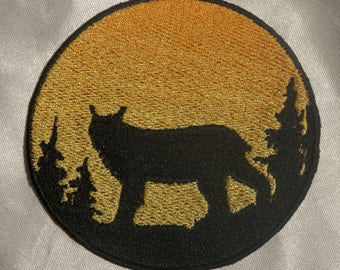 Embroidered Lynx Bobcat Wild Cat Sunset Silhouette Ombre Circle Patch Iron On Sew On USA