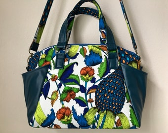 Botanical Garden of Earthly Delights handbag/shoulder bag with top zip closure, exterior side pockets, interior zip pocket, Swoon Annette
