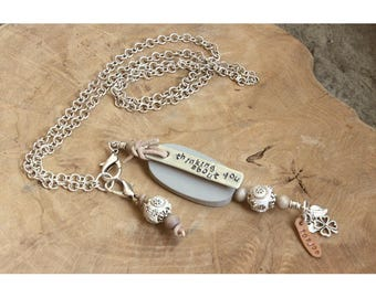 Commemorative necklace with text, name, date