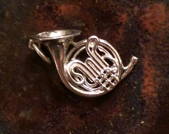 Vintage sterling french horn musical charm pendant
