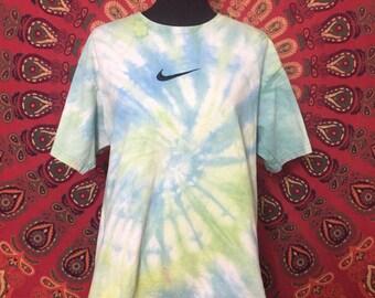 Tie dye vintage Nike shirt