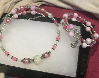 Pink White and Pearl Glass Bead Memory Wire Necklace and Bracelet Set