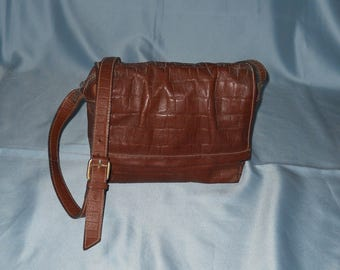 Authentic vintage bag ! Genuine leather!