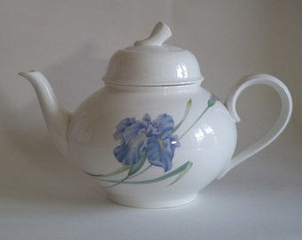 Tea Pot with lid/Christopher Stuart Tea Pot/Blue Iris Y1519, floral Pattern/Bone China/modern style/Mother Grandmother gift/Southern Serving