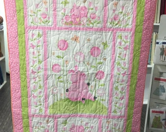 Olivia the Pig Quilt