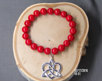B1269 Red Ceramic Beaded Bracelet with Crystal connector.