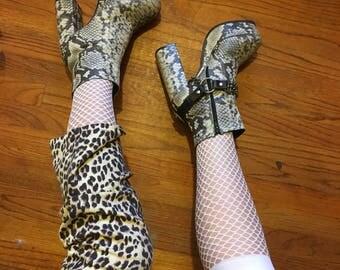 Fishnet Knee High Socks