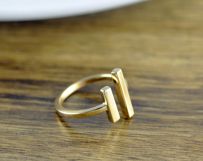 parallel bar ring, gold ring, parallel ring, long bar ring, adjustable ring, geometric ring, modern minimalist ring, gift for her