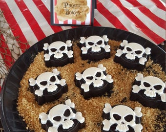 Skull chocolate covered oreos