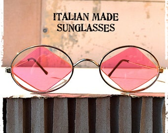 Occhiali da sole ovale vintage oro lente rosa a rombo, Sunglasses oval gold metal pink lens to rumble hippie HARLEQUIN Made in Italy