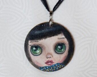 """Pendente in legno """"handmade"""" viso di bambola """"Blythe"""""""