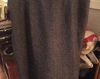Pendleton Vintage Grey and Black Pure Wool Tweed Mid Length Skirt Size 16