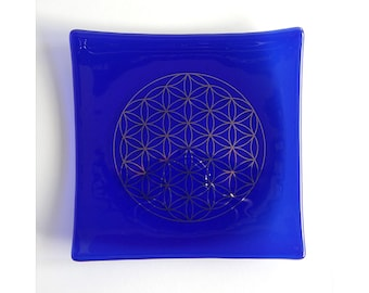 Indigo blue glass plate with platinum Flower of Life