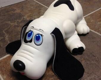 Vintage 1991 Toy Biz Warm n Tender Water Puppy ~Bruno~ Black and White