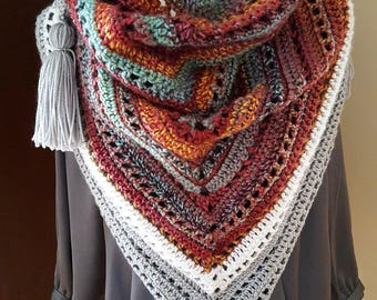 Feelin' Santa Fe triangle crochet bandana scarf with tassles