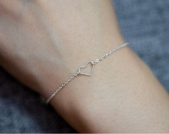Tiny open heart bracelet//925 silver//Minimalist//Dainty//Delicate//Everyday//SS004