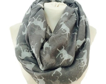 Horse infinity scarf, chunky scarf, cowl scarf, womens scarf, winter scarf, horse scarf, loop scarf, scarves, horse print infinity scarf