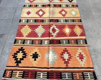 Turkish Kilim Rug, Anatolian Turkish Vintage Kilim Rug