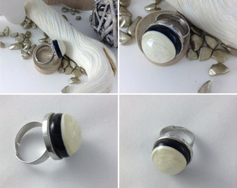 Flat seaming stainless steel ring size adjustable bead flat bottom transparent ivory black hand spun glass cabochon