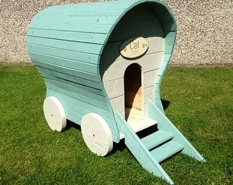Cat/ Dog Pet Home/ Kennel, Romany Wagon,