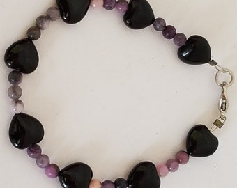 Black onyx hearts and purple stone beaded bracelet perfect for Valentine's day