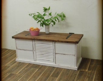 Large chest, vintage-style, Shabby Chic