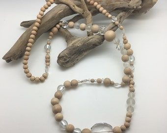 Large wooden necklace and rock crystal