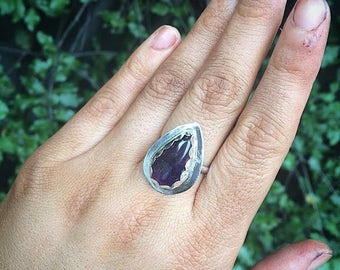 Silver Amethyst Ring / Sterling Silver Ring / Large Amethyst Ring / Pear Cut Amethyst / Purple Gemstone Ring / Purple Crystal Ring / Vegan