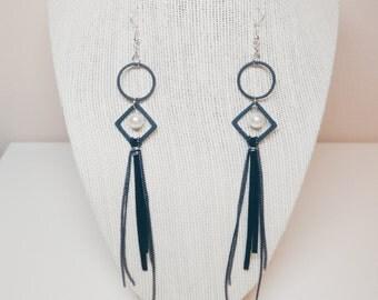 IN YOUR EYES earrings
